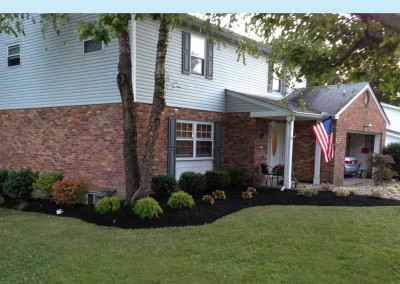 Residential Mulching, Edging & Trimming